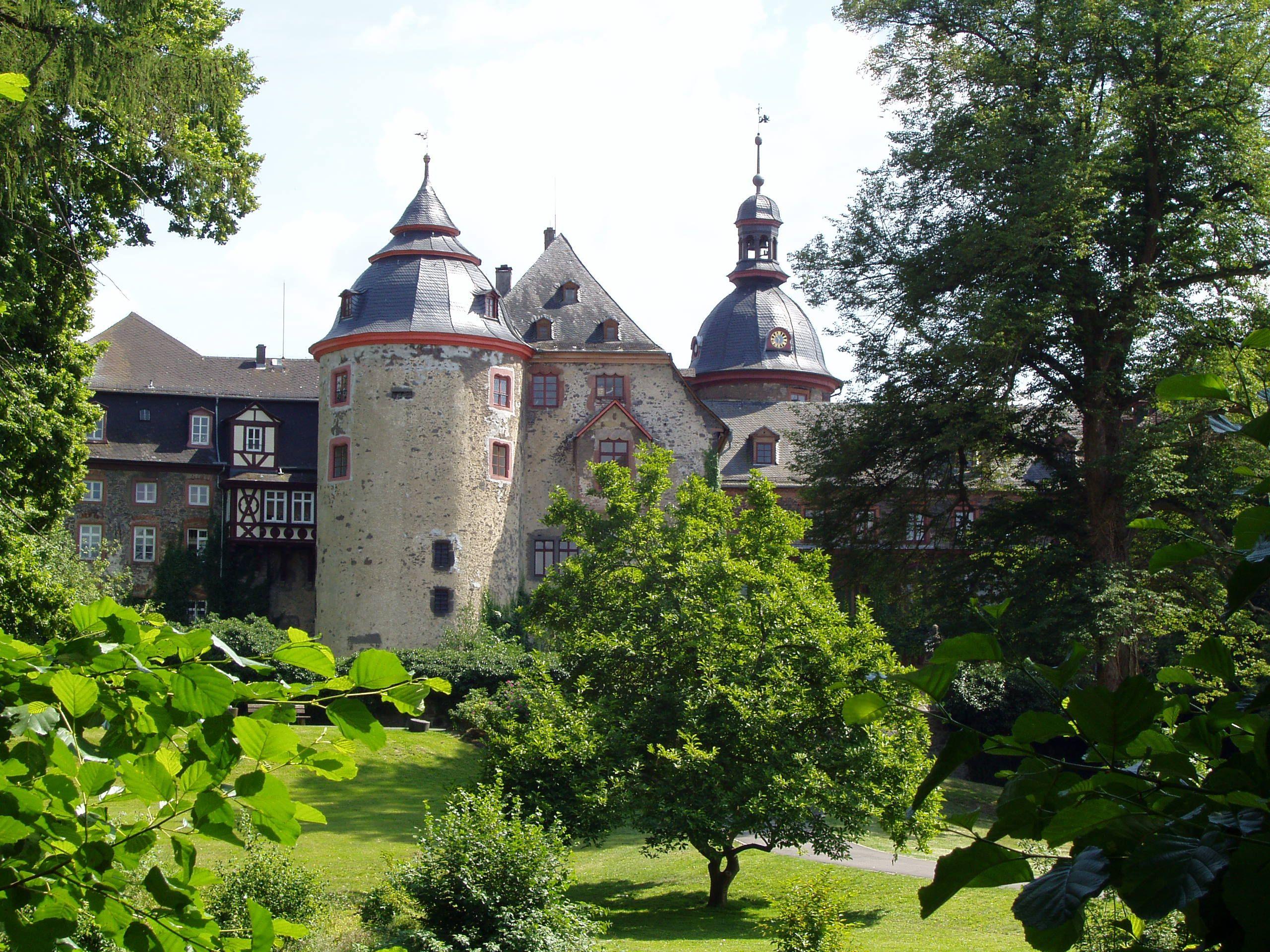 burgen und schl sser in hessen castlewelt. Black Bedroom Furniture Sets. Home Design Ideas
